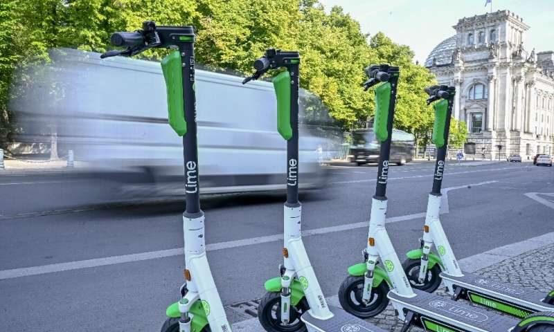 الدراجات الكهربائية قد لا تكون صديقة للبيئة كما يُعتقد