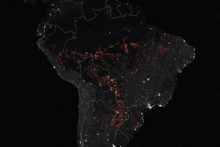 مجموعة السبع تلتزم بـ 20 مليون يورو لمحاربة الحرائق في منطقة الأمازون والبرازيل ترفض المساعدة