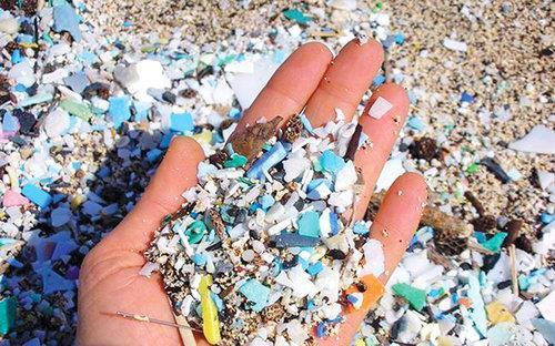 الصحة العالمية تطالب بمزيد من البحث حول الجزيئات البلاستيكية في مياه الشرب