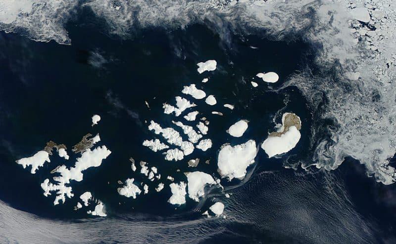 روسيا تنمو بسبب تغير المناخ بعد اكتشاف 5 جزر إثر ذوبان الجليد