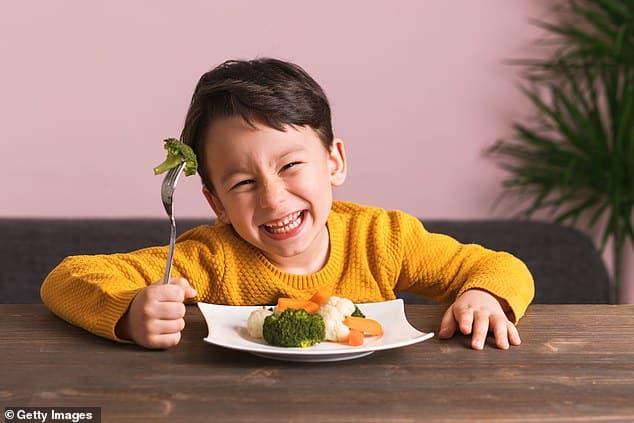 الخضروات الغنية بالحديد تساعد على زيادة قوة الدماغ لدى الأطفال