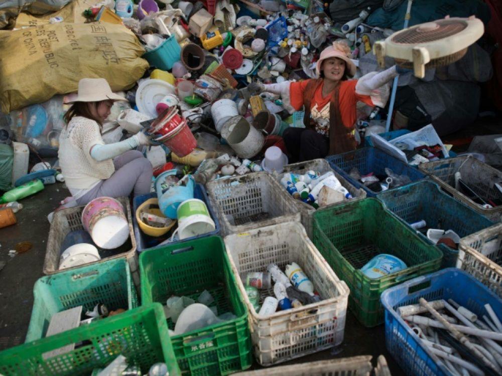 الصين تشن الحرب على منتجات البلاستيك ذات الاستخدام الواحد