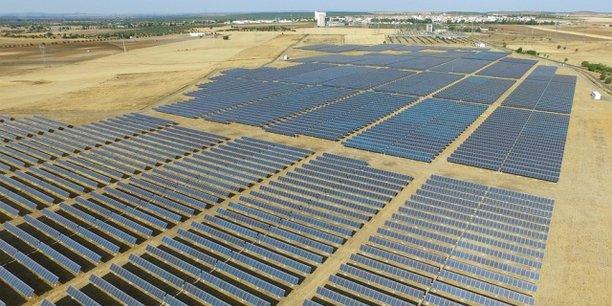 """تونس تختار شركة فرنسية وأخرى مغربية لإنشاء محطة للطاقة الشمسية الكهروضوئية في """"قفصة"""""""