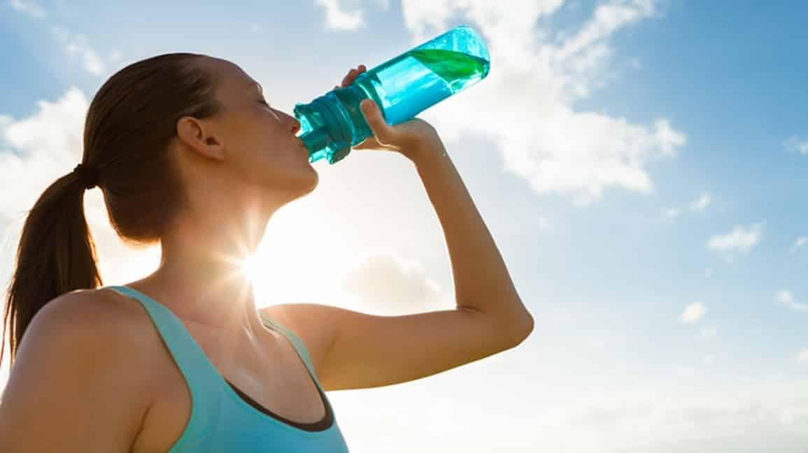 شرب الماء والصحة